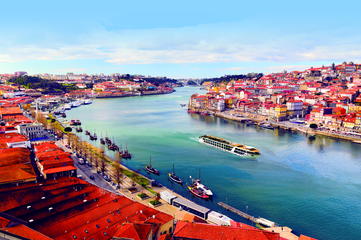 Exclusive River Cruise Evening with Emerald Waterways